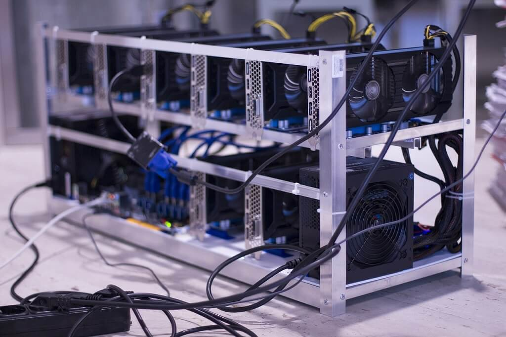 medium bitcoin mining farm