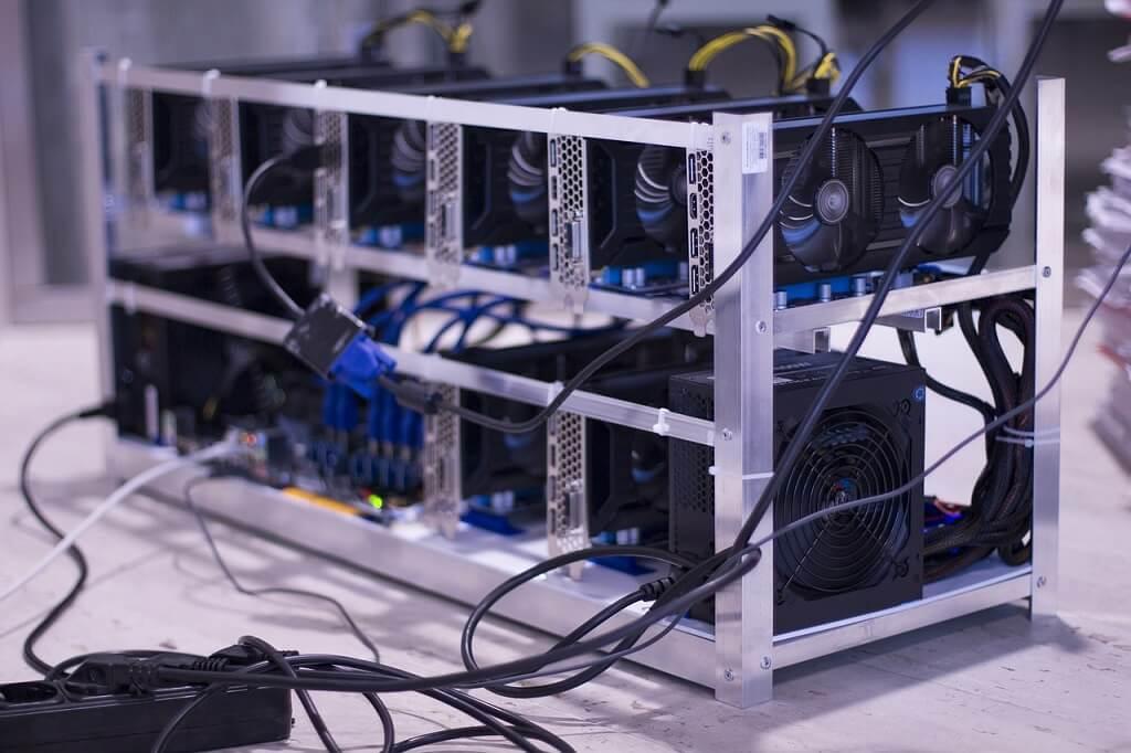 medium bitcoin mining farm